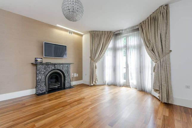 Thumbnail Flat for sale in Carlton Drive, Putney
