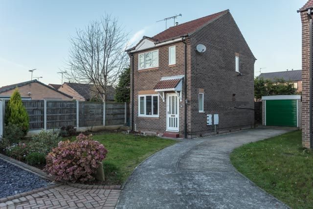 Thumbnail Detached house for sale in Pasture Close, Armthorpe, Doncaster