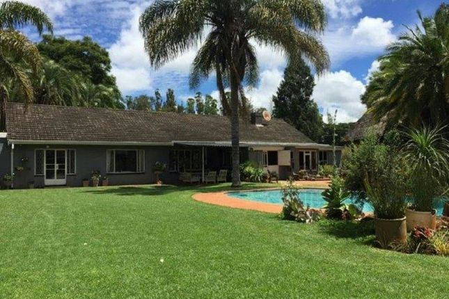 Thumbnail Detached house for sale in Berkshire Rd, Harare, Zimbabwe