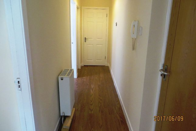 Thumbnail Flat to rent in George Street, Bathgate, West Lothian