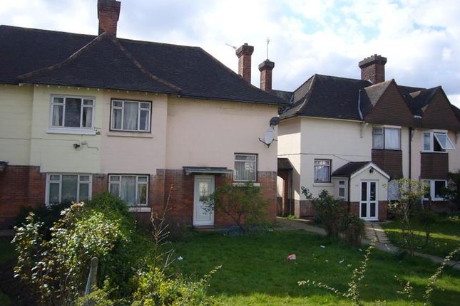 4 bed semi-detached house to rent in Old Oak Road, East Acton, London