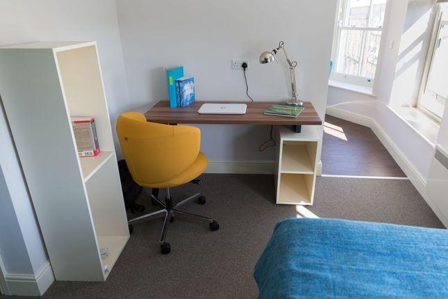 Thumbnail Studio to rent in Wood Street, Huddersfield