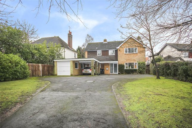 Thumbnail Detached house for sale in Roundwood Lane, Harpenden, Hertfordshire