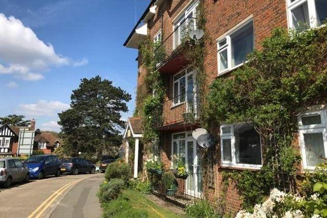 Thumbnail Property to rent in Croydon Road, Westerham
