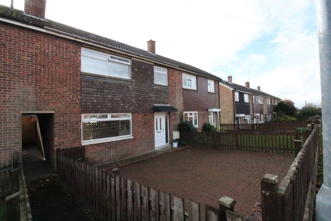 3 bed town house to rent in Branwell Avenue, Birstall, Batley WF17