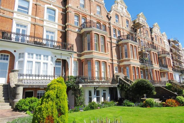2 bed flat to rent in Knole Road, Bexhill-On-Sea