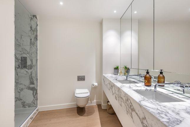 En-Suite of Upper Riverside, Cutter Lane, Greenwich Peninsula SE10