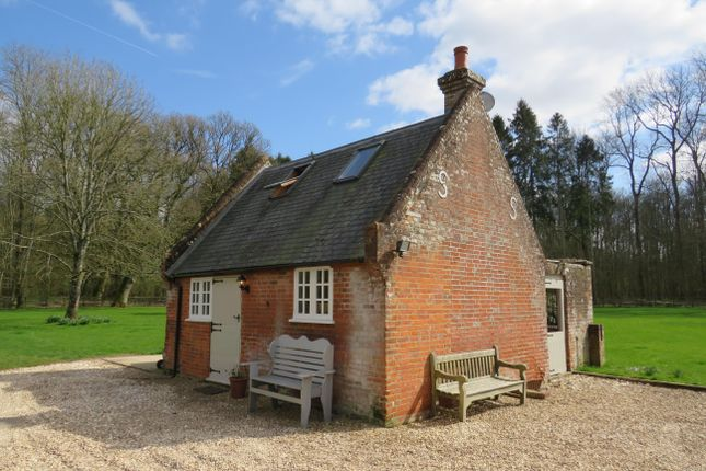 Thumbnail Cottage to rent in Hurstbourne Priors, Whitchurch