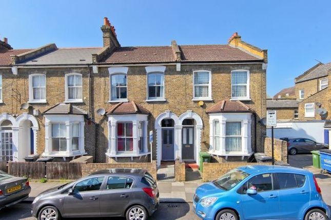 Thumbnail Property to rent in Alloa Road, London
