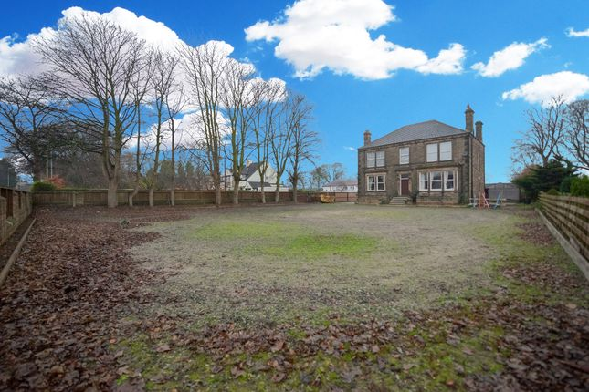 Thumbnail Detached house for sale in Bridleway, Churwell