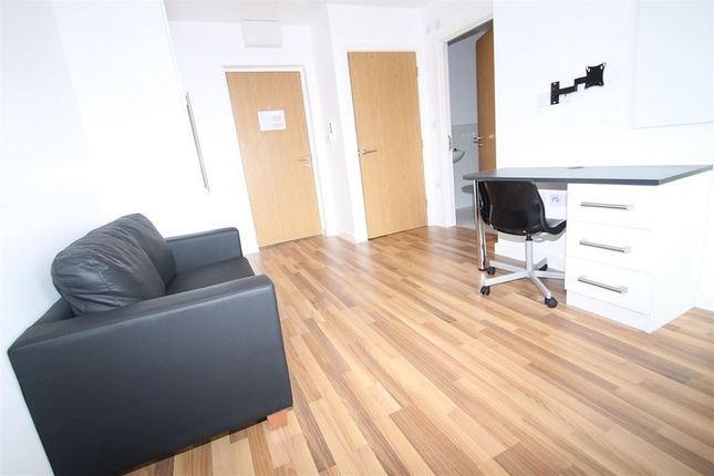 Thumbnail Property to rent in Clyde Court, Erskine Street