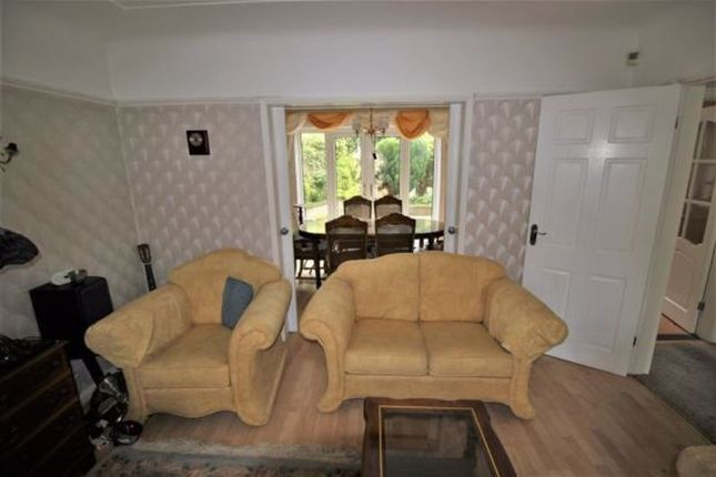 Photo 3 of Palm Grove, Oxton, Wirral CH43