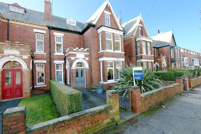 Thumbnail Semi-detached house for sale in Westbourne Avenue, Princes Avenue, Hull, East Yorkshire