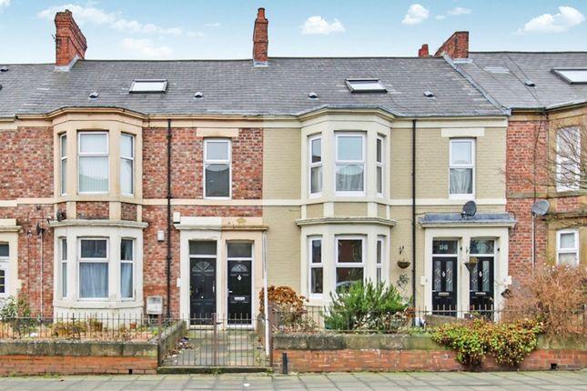 Thumbnail Flat to rent in Avenue Road, Bensham, Gateshead