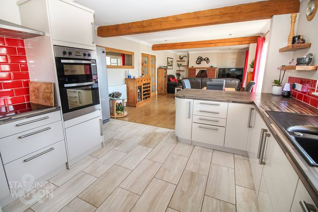 Thumbnail Detached bungalow for sale in Cromer Road, Mundesley, Norwich