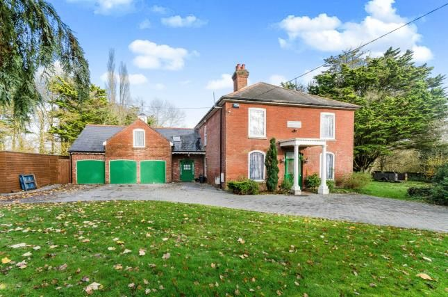 Thumbnail Detached house for sale in Ashurst Bridge Road, Ashurst Bridge, Southampton