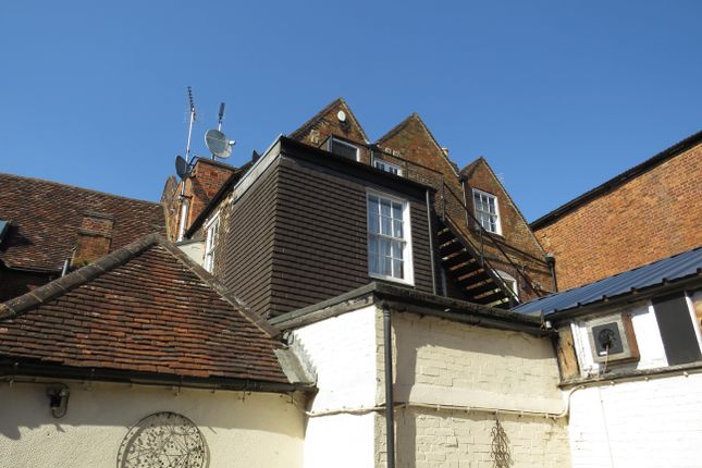 1 bed property to rent in West Street, Buckingham MK18