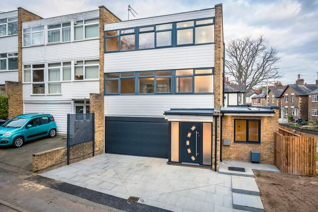 4 bed end terrace house for sale in Newbury Close, Bishop's Stortford