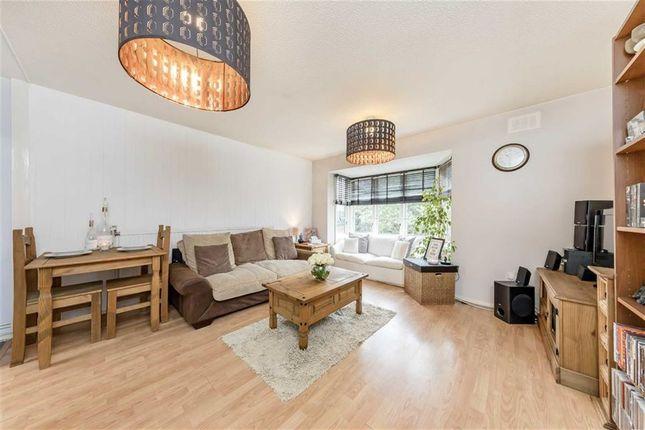 Thumbnail Flat for sale in Bredgar Road, London