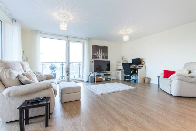 Thumbnail Flat to rent in St. Clements Avenue, Harold Wood, Romford, Essex