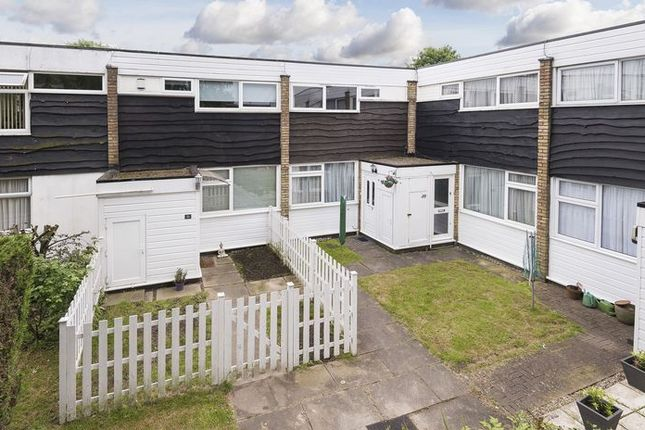 Thumbnail Terraced house for sale in Craybury End, London
