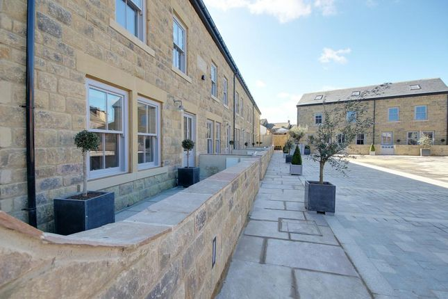 Thumbnail Terraced house to rent in North Eastern Chambers, Station Square, Harrogate