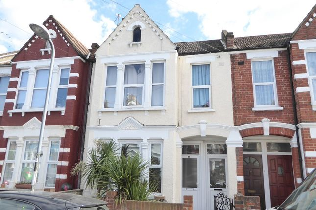 Thumbnail Maisonette for sale in Heaton Road, Tooting Junction