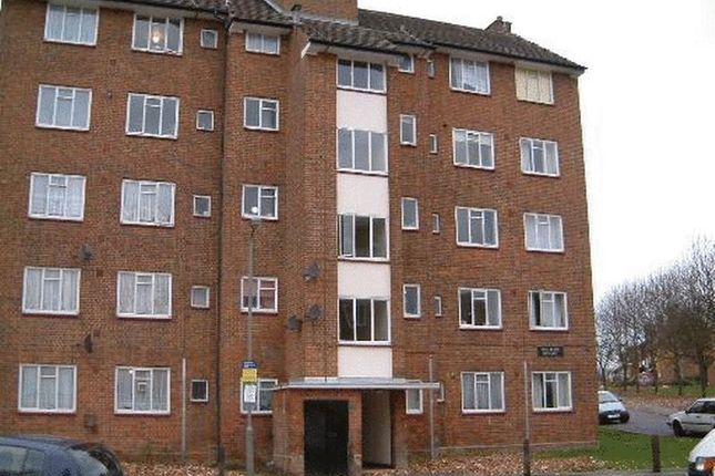 Thumbnail Flat to rent in Whitnell Way, London