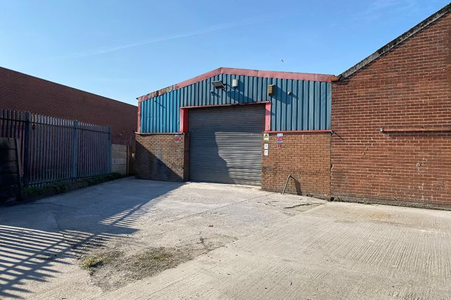 Thumbnail Warehouse to let in Wakefield Business Park, Aintree