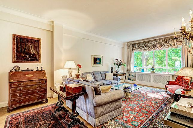 Thumbnail Flat for sale in Montagu Square, Marylebone, London
