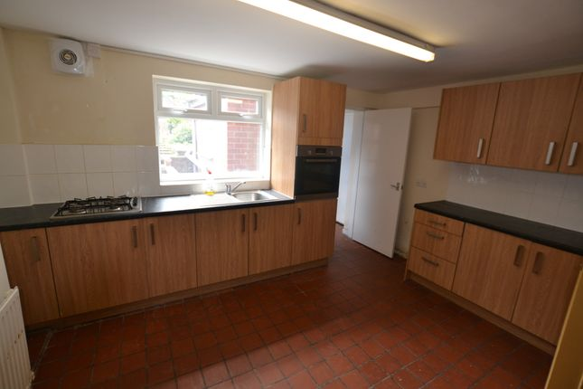 Basement Kitchen of Newtown Street, Leicester LE1