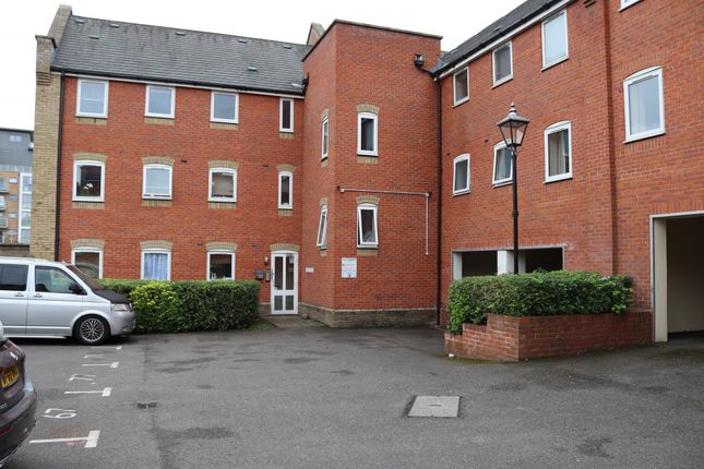 4 bed flat for sale in Meachen Road, Colchester CO2