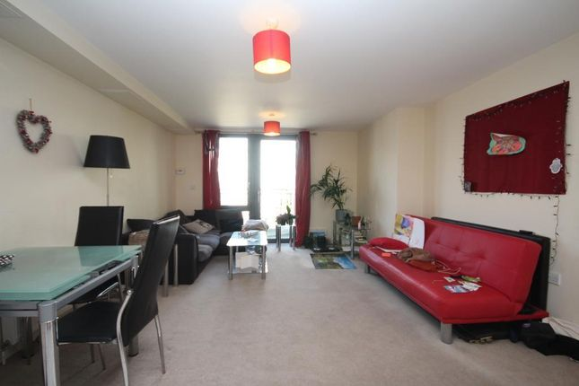 Thumbnail Flat to rent in Pooles Park, Finsbury Park, London