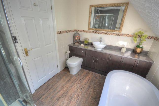 Bathroom of Lakeside, Primrose Valley, Filey YO14