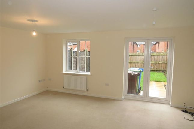 Living Room of Shielding Way, Stafford ST16
