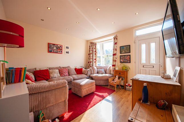 Thumbnail End terrace house for sale in Kent Road, Halling, Rochester