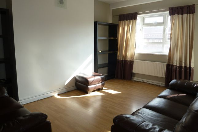Reception Room of Wenlock Barn Estate, Old Street & City N1