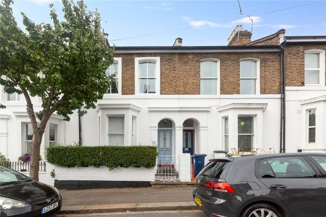 Thumbnail Terraced house to rent in Grove Road, London