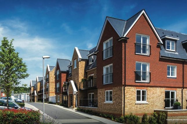 Thumbnail Flat to rent in Campion Square, Ryewood, Kent