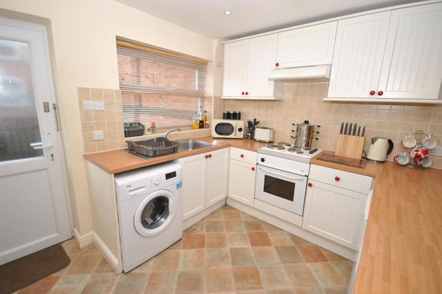 Thumbnail Property to rent in St. Peters Street, Syston, Leicester