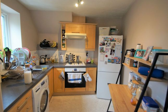 Image: 3 of Pear Tree Court, Rugeley, Staffordshire WS15