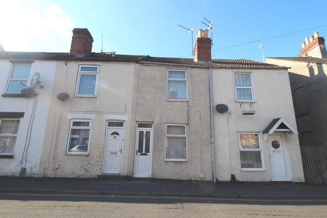 Thumbnail Terraced house to rent in Cambridge Street, Grantham