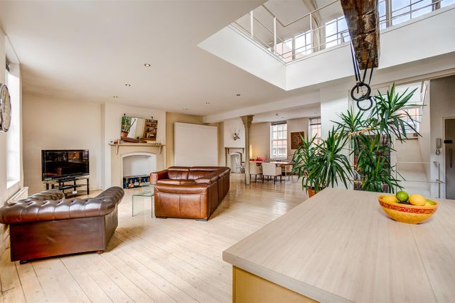 3 bed flat for sale in Short Hill, Nottingham NG1
