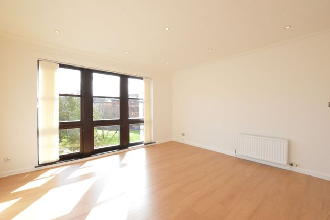 Thumbnail Flat to rent in St.Ninian Terrace, New Gorbals, Glasgow