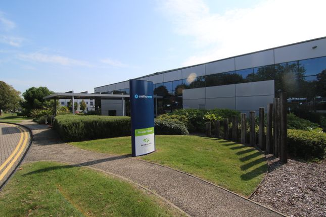 Thumbnail Office to let in 1st Floor Rowan, Kembrey Park, Swindon
