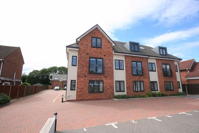 Thumbnail Flat for sale in Saunders Court, Barnwood, Gloucester
