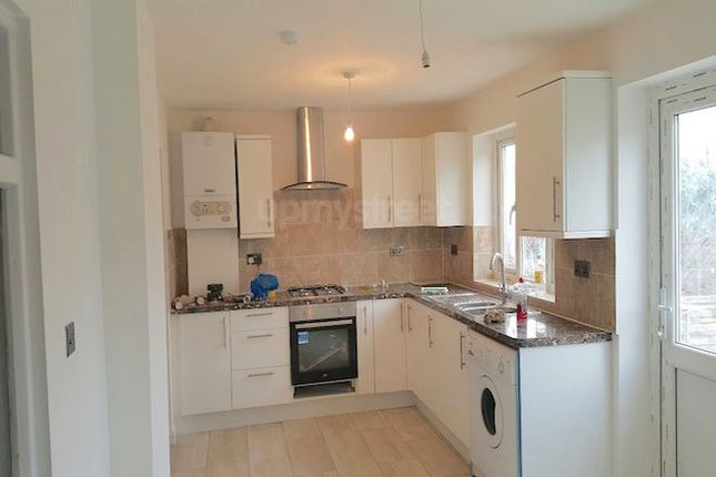 Thumbnail Detached house to rent in Wakefield Gardens, Cranbrook, Ilford