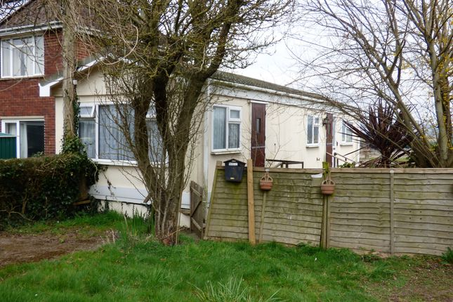 Thumbnail 1 bed mobile/park home to rent in Courtwick Lane, Wick, Littlehampton