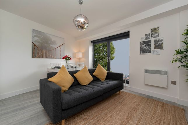 2 Bedroom Flats To Buy In Ch42 Primelocation