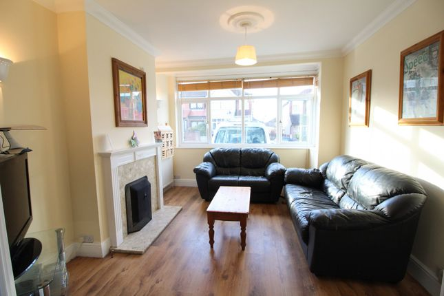 Thumbnail Terraced house for sale in Hillcrest Road, Bromley